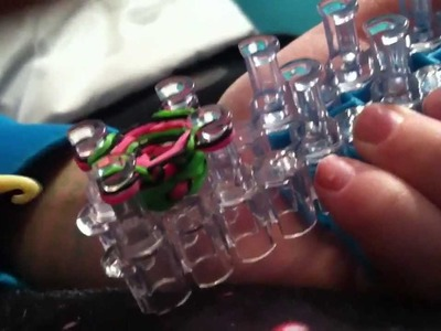 How To Make A Hexa Fish Bracelet (RainBow Loom)