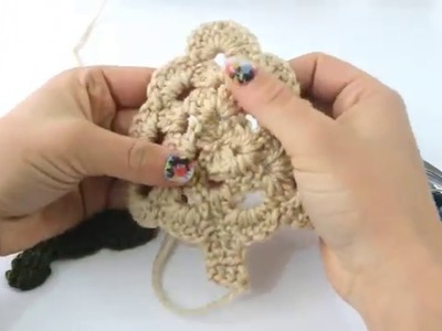How to Crochet a Little Christmas Tree