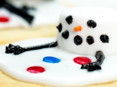 How To Make Adorable Melted Snowman Cookies | Southern Living