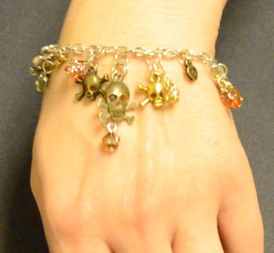 Jewelry Tutorials: Episode 4: Skull Charm Bracelet