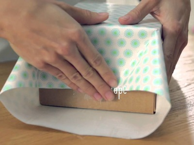 Giftology: How to Wrap a Box