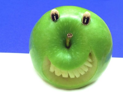 How to Make a Smiling Apple (HD)