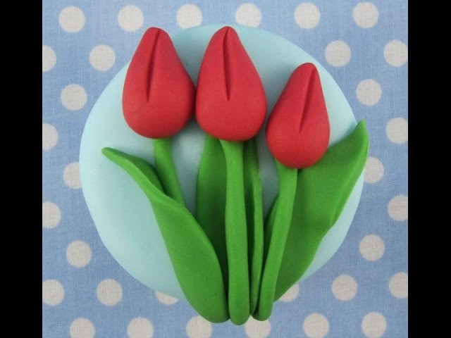 How to makea tulip cupcake by Mrs Baker's Cake School