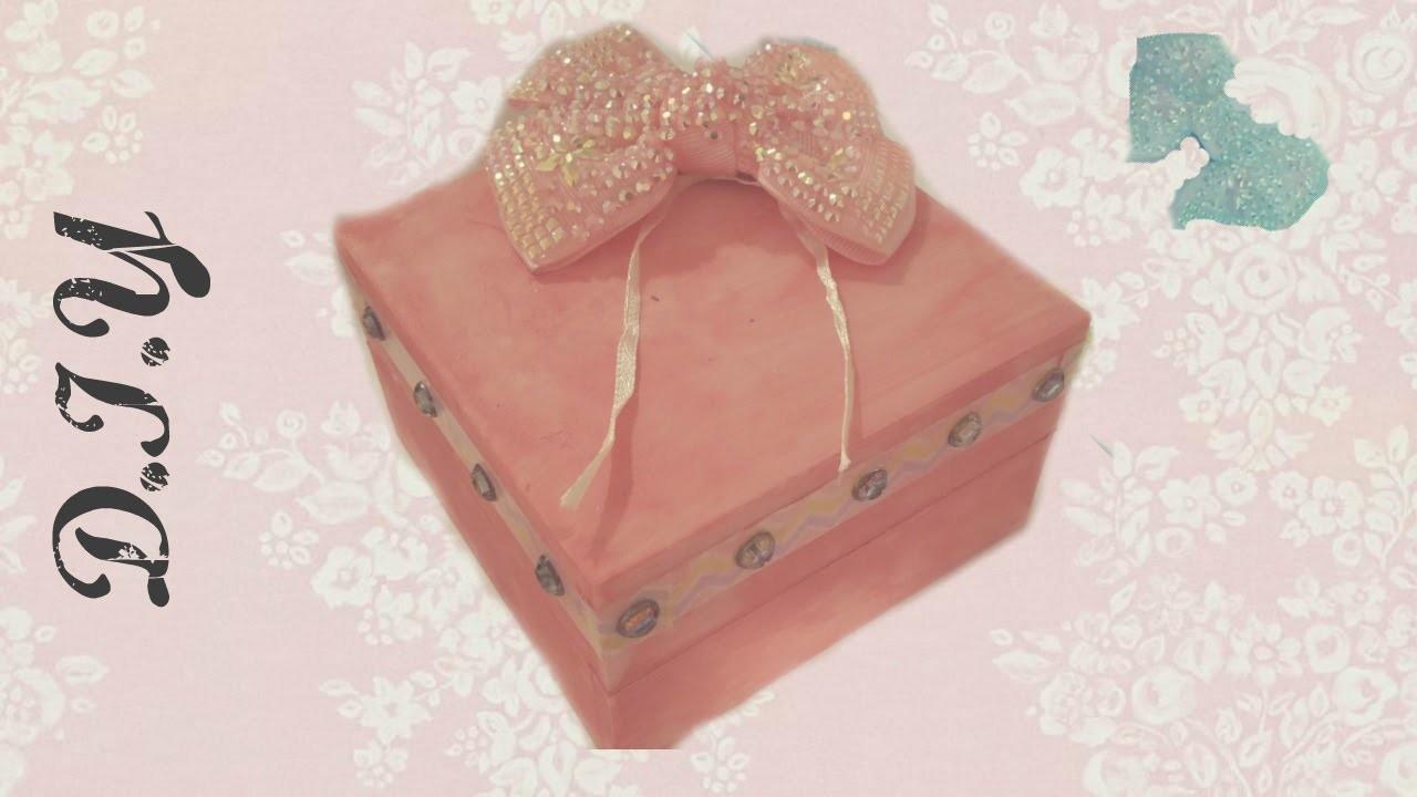 DIY Crafts: How To Decorate a Jewelry Box. DIY Jewelry Box