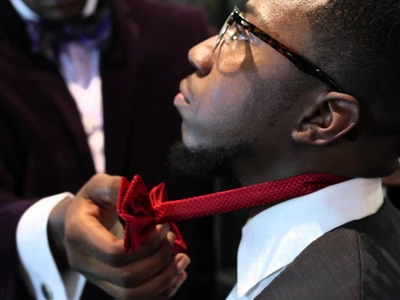 How to Put on Pre-Tied Bow Ties : Basic Bow Tie Tips