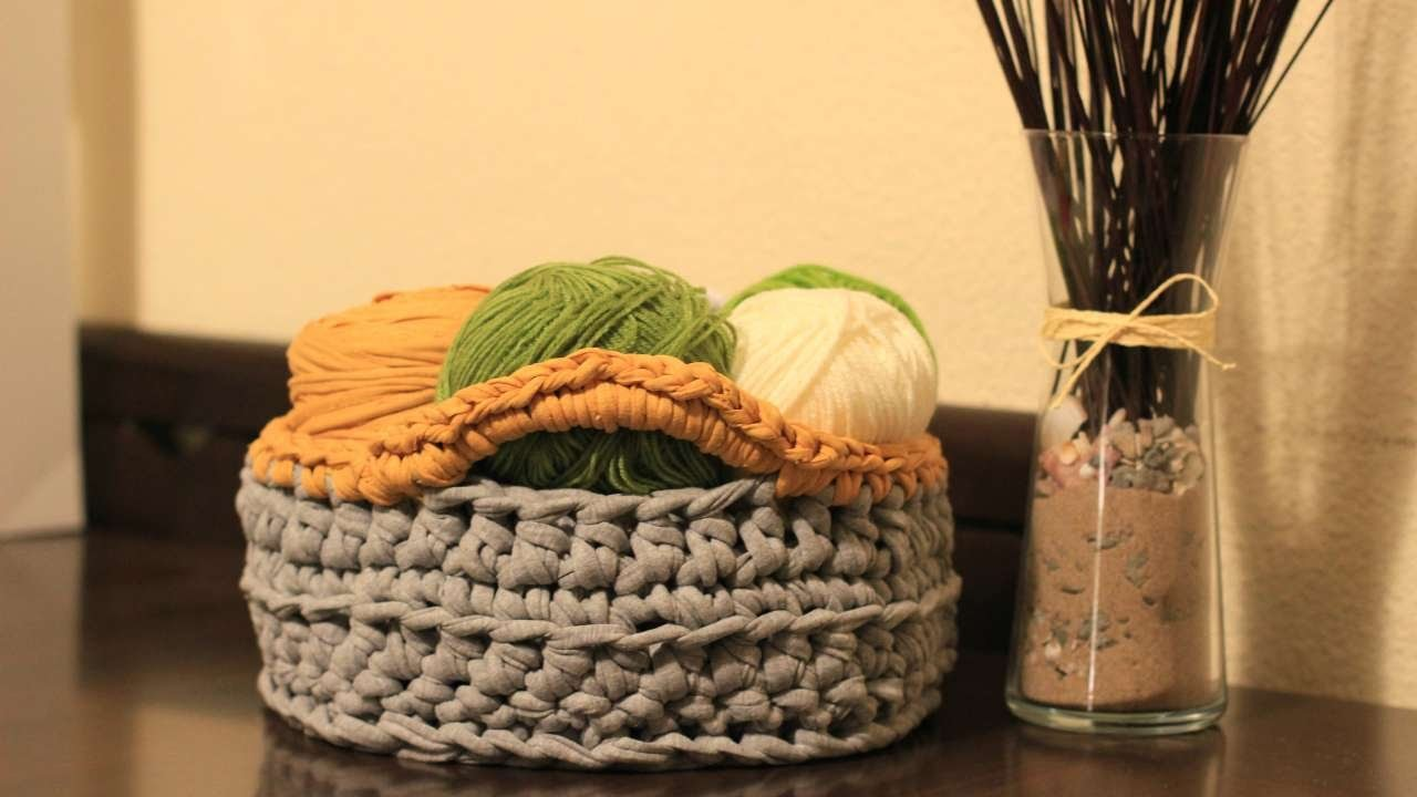 How To Crochet A Home Organization Chunky Basket - DIY Crafts Tutorial - Guidecentral