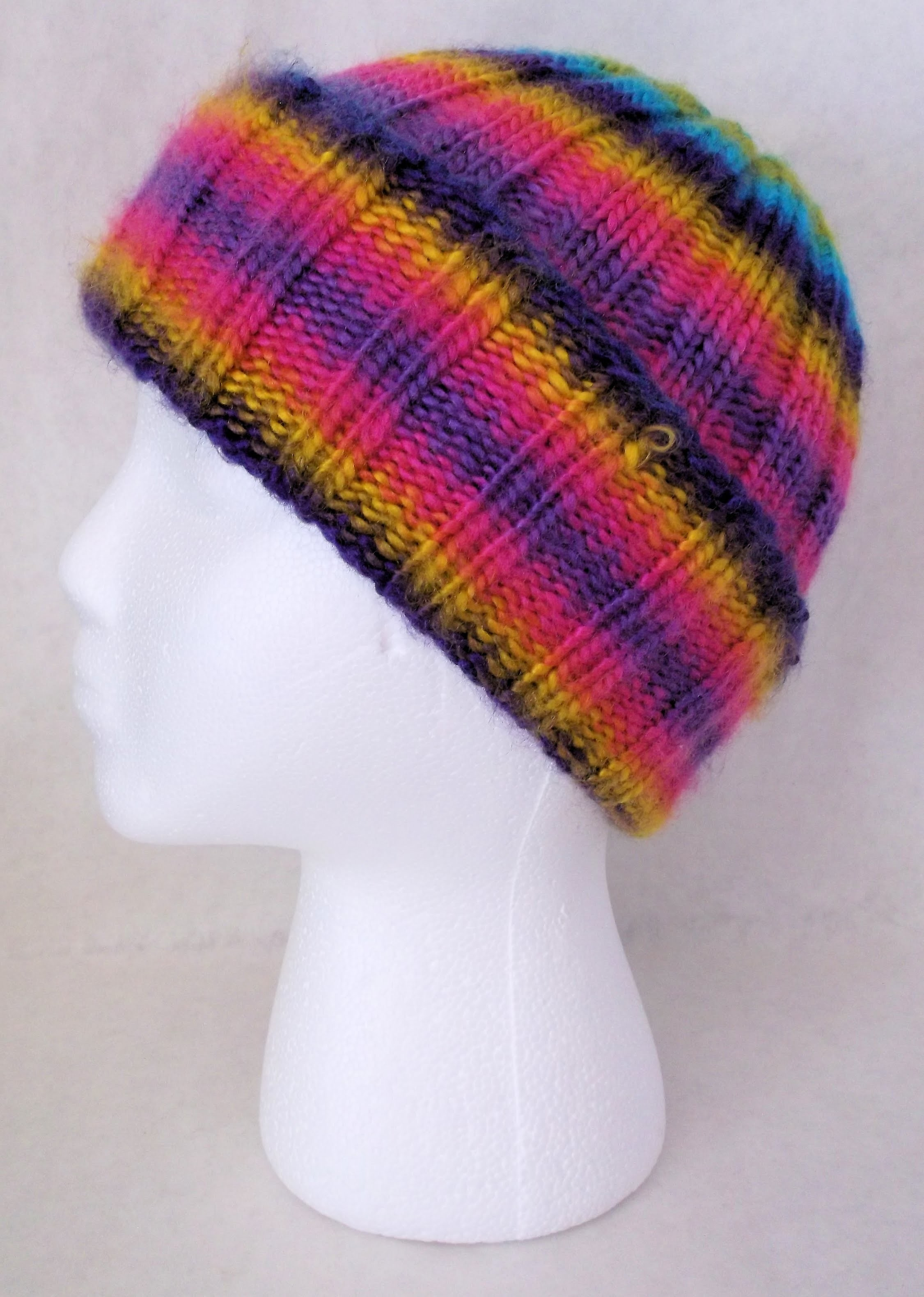 How To Loom Knit a Universal Ribbed Hat on The CinDwood Adult Hat Fine Gauge Looms