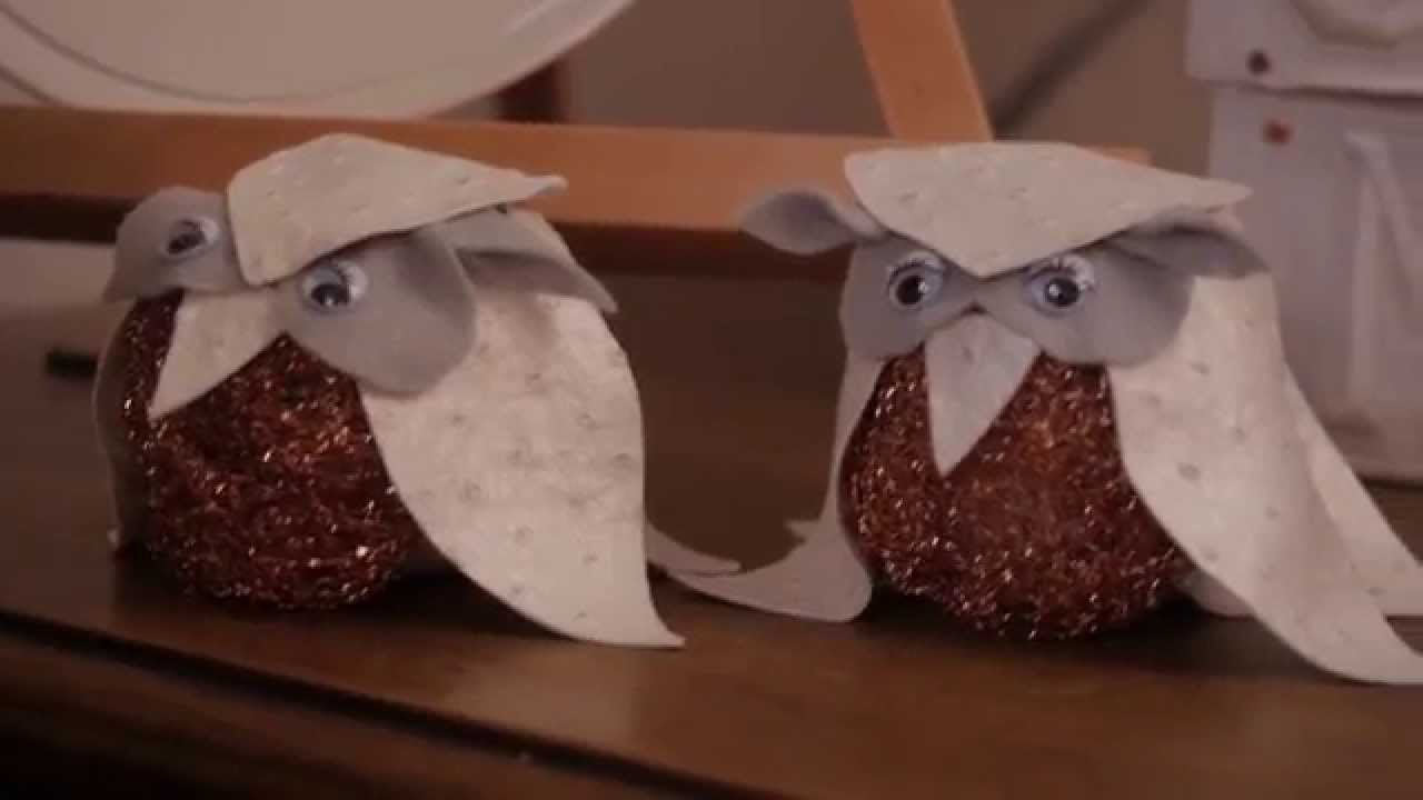 Add a Little DIY Whimsy to Thanksgiving with This Brillo Pad Craft