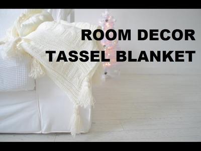 DIY DECOR   TASSEL KNIT THROW BLANKET