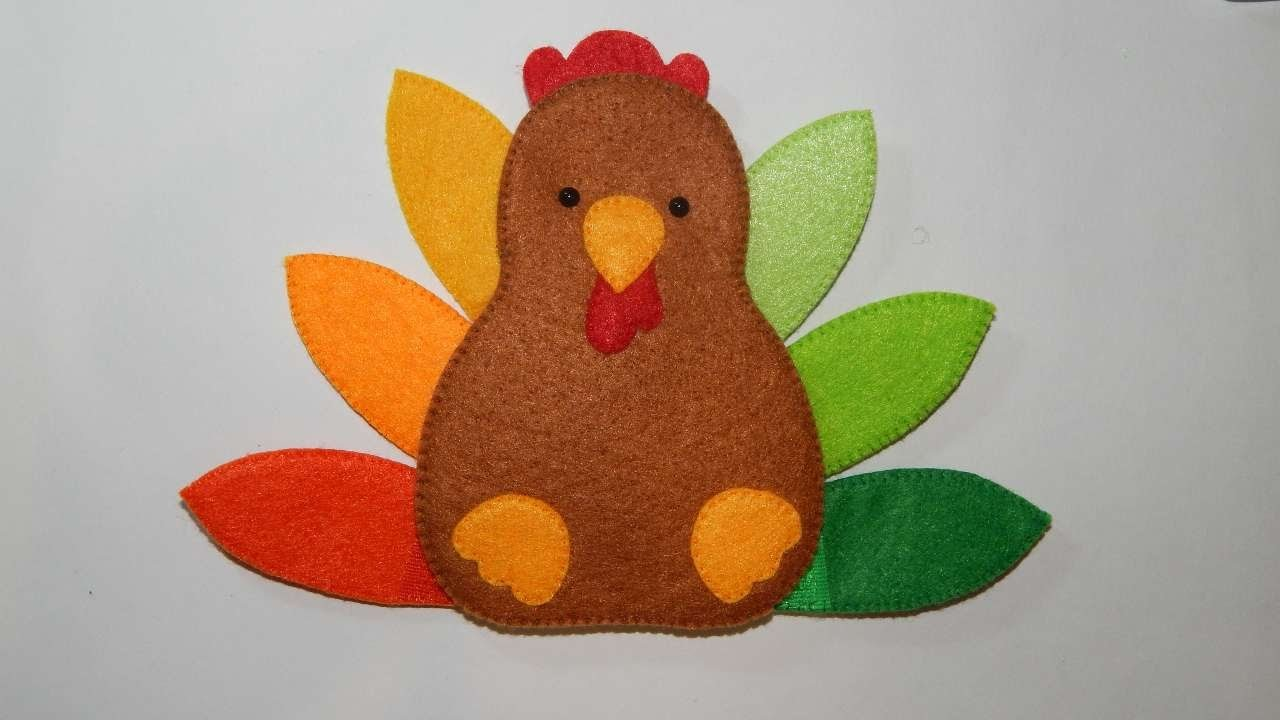 How To Make A Felt Turkey For Thanksgiving - DIY Crafts Tutorial - Guidecentral