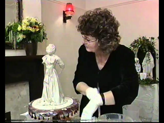 Creative Cloth Sculpture