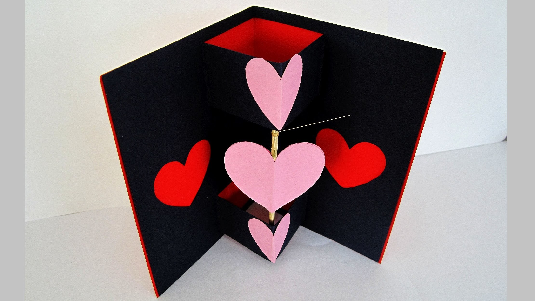 Twirling heart valentine's card - learn how to make a card with a spinning heart - EzyCraft