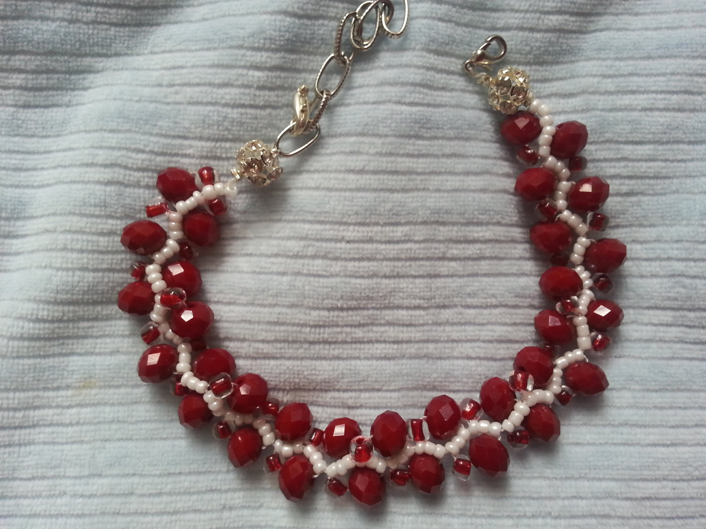An Elegant Crystal Delight Bracelet Tutorial