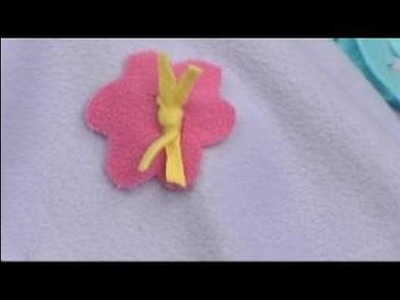 No-Sew Fleece Ponchos : Attaching a Fleece Flower for a Reversible Poncho