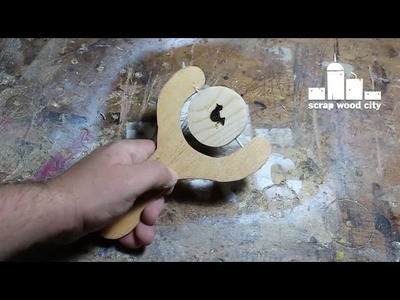 DIY wooden animation toy
