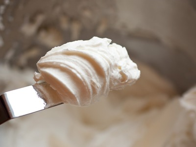 How to make Cream Cheese Frosting, quick and easy!
