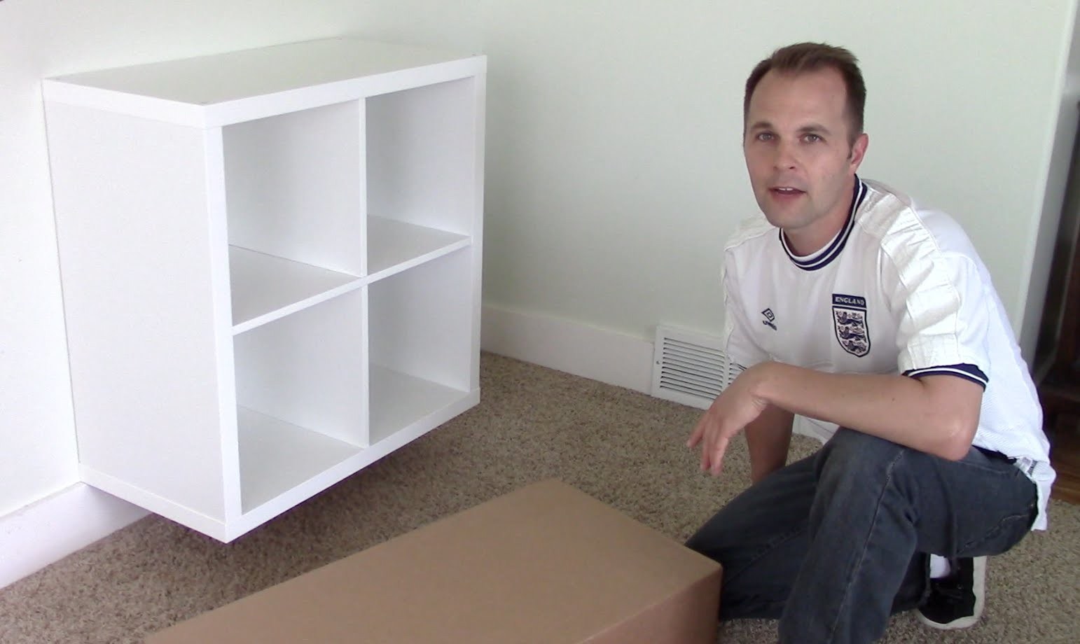 Ikea EXPEDIT. KALLAX shelf - how to assemble and wall mount bookcase