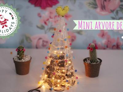 DIY: Mini Arvore de Natal com Cola Quente - FÁCIL