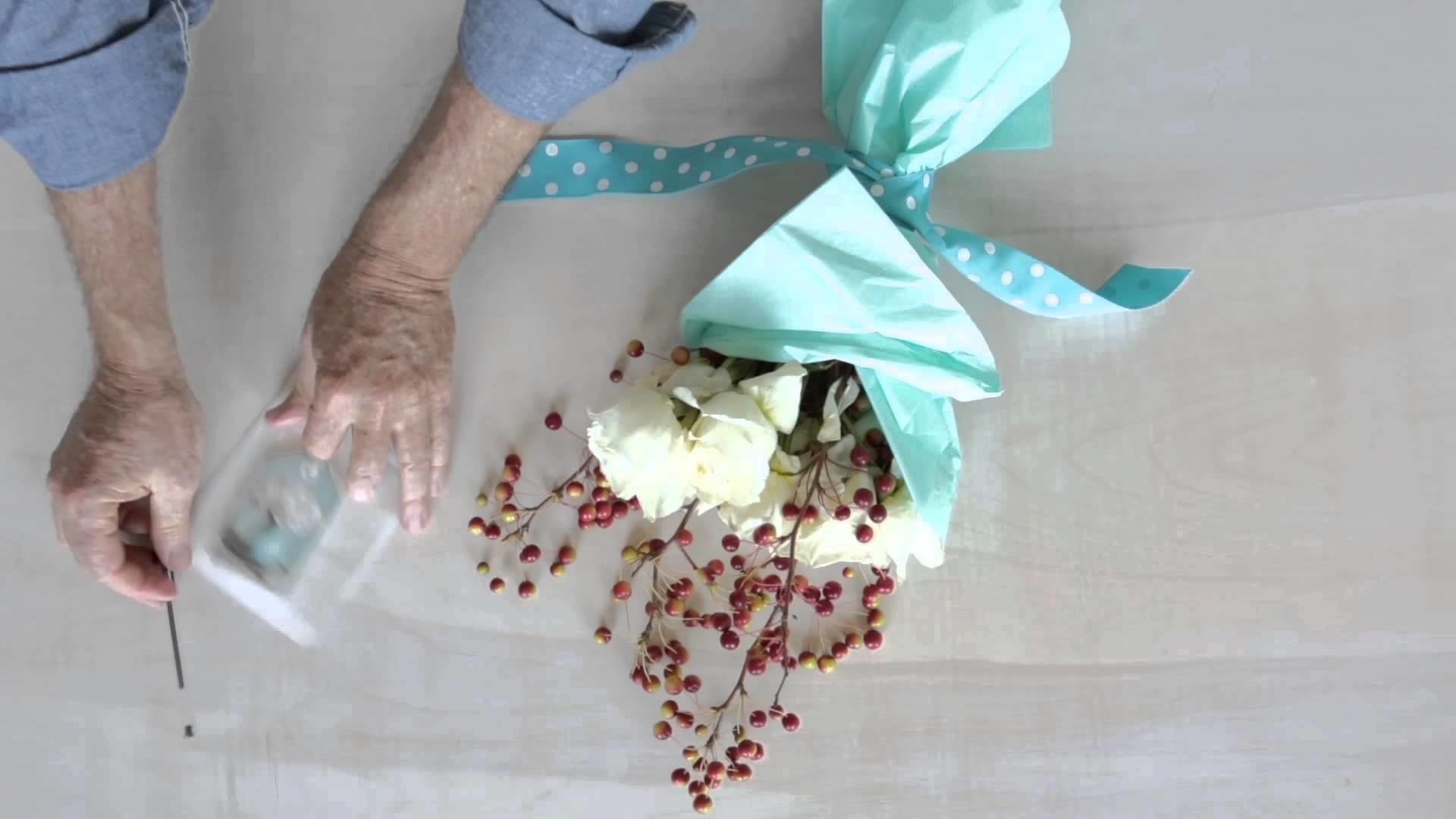 Floral Favors - DIY Bouquet Idea