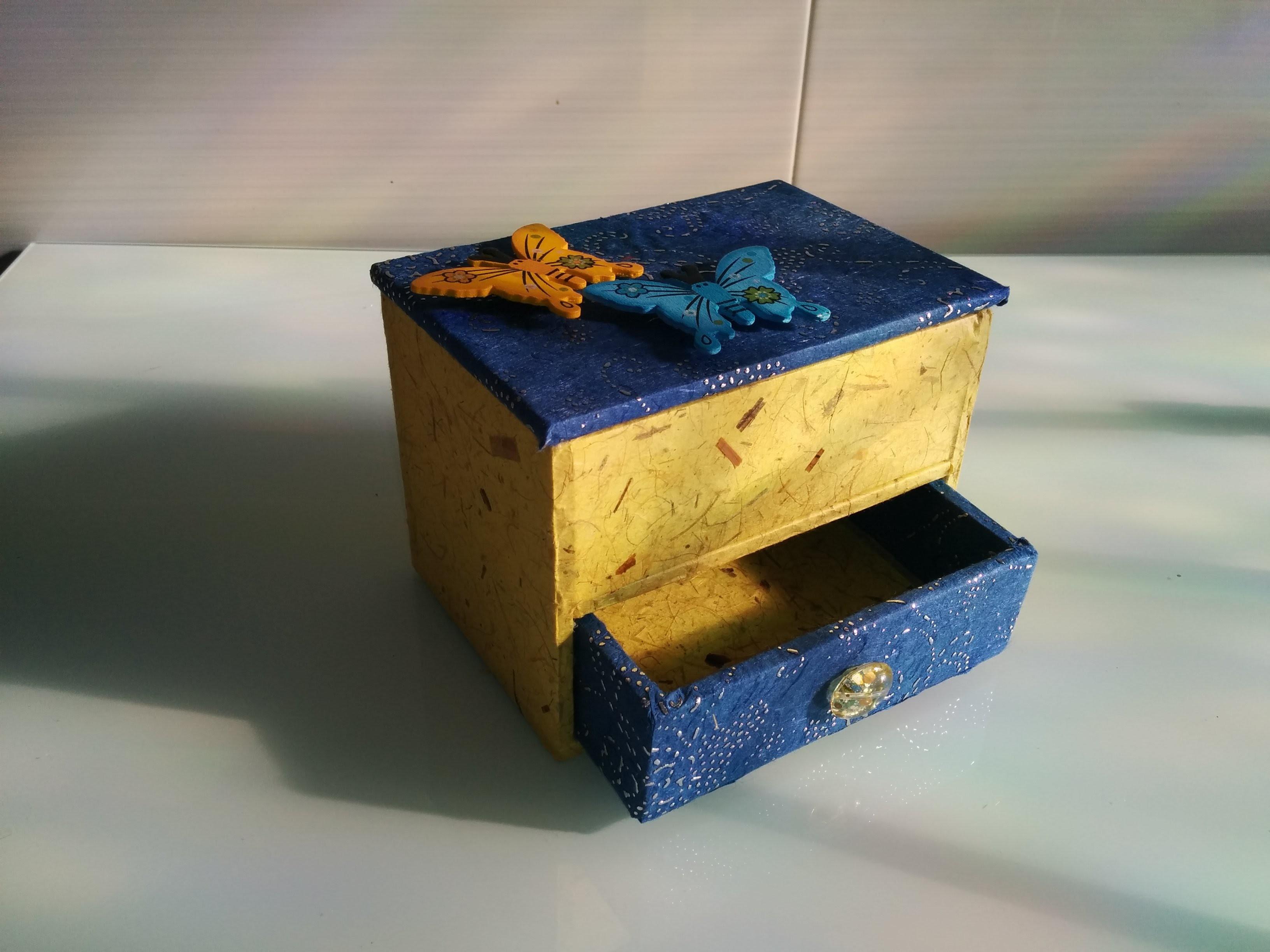 Jewelry organizer diy. Box organizer.