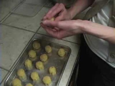 Cupcake Pops Tutorial
