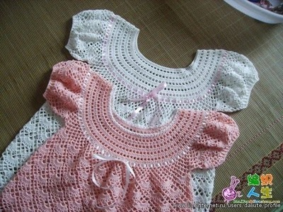 How to dress baby girl crocheted