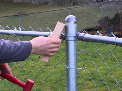 How to remove stuck cap on your chain link fence