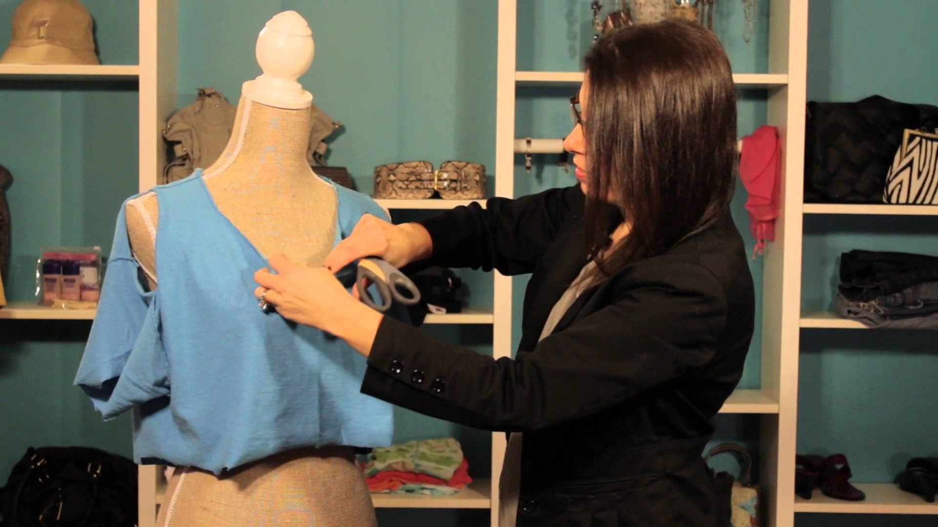 How to Rip Shirts in a Punk Way : Top Trends in Women's Fashion