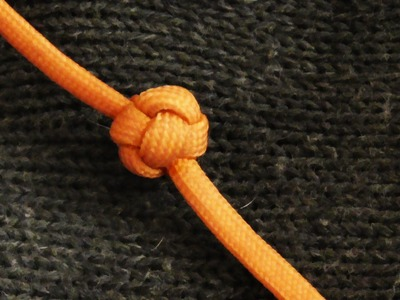 How To Tie A Paracord Celtic Button Knot Hand Wrap Style (Turks Head Stopper)