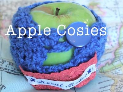 Mariel Make DIY Crochet Apple Cosy