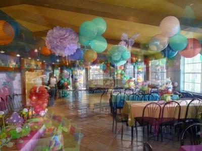 Outdoor and indoor Alice in Wonderland Balloon Decoration. DreamARK Events