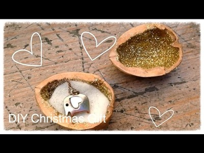DIY Christmas Walnut Gift Idea!