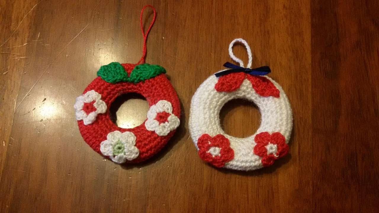 How To Crochet A Christmas Wreath - DIY Crafts Tutorial - Guidecentral
