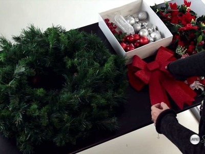 How To Decorate Your Christmas Wreath on a Budget
