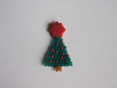 How To Make Christmas Tree From Beads - DIY Crafts Tutorial - Guidecentral