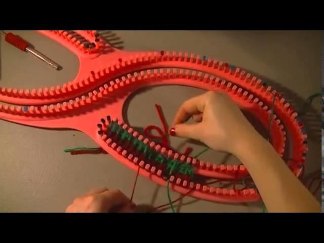 Christmas Scarf Tutorial using Serenity Knitting Loom