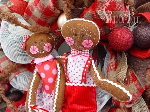 Gingerbread Wreath Tutorial by Trendy Tree