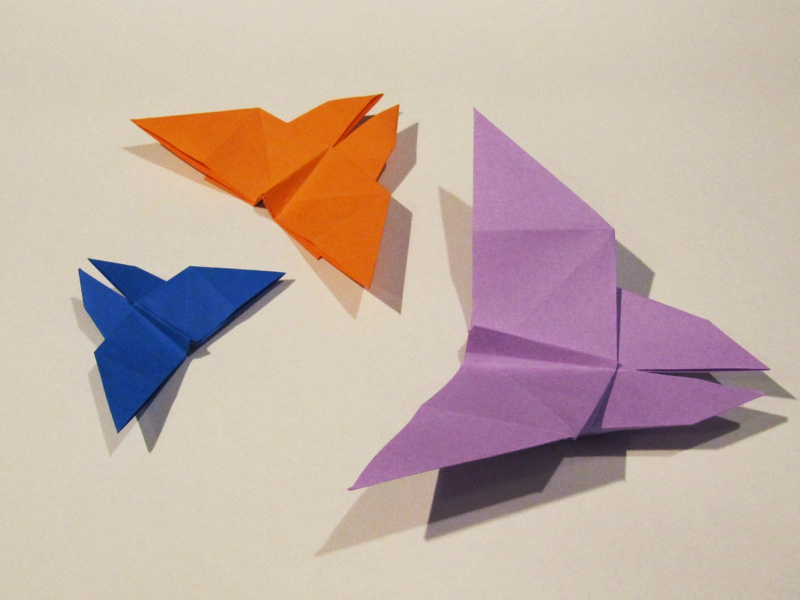 Origami Easy Butterfly - Tutorial - How to make an easy origami butterfly