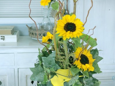 Flowers & Floristry Tutorial: Sunflower and Bamboo Arrangement