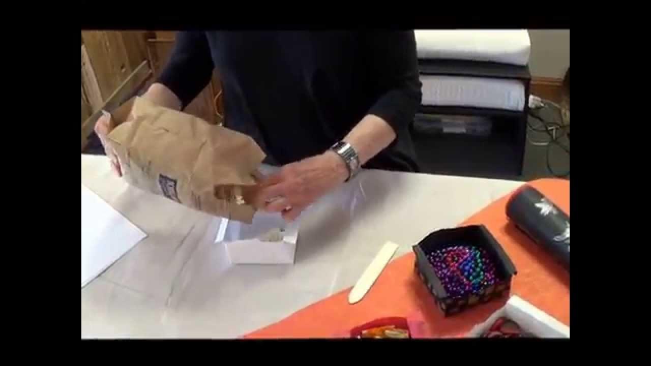 Lyn Belisle Studio Tutorial: An Origami Gathering Box