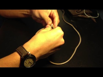 "Paracord ""Grenade"" Keychain (kit inside) Tutorial!"