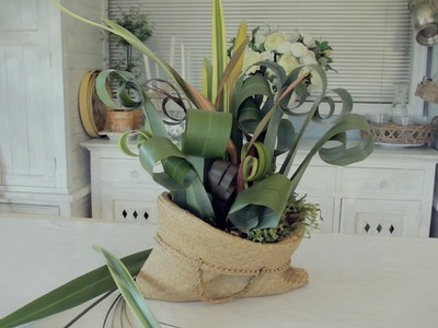 Floristry Tutorial: Arranging with Flax and other Foliage
