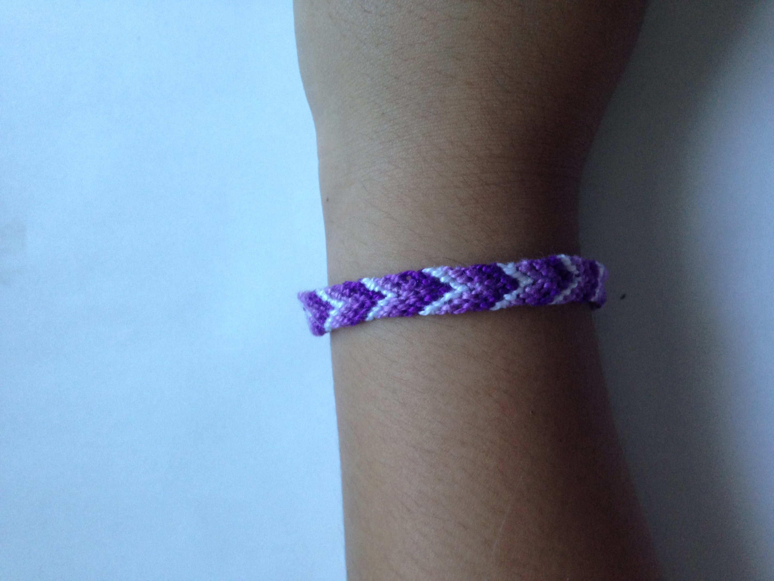 Friendship Bracelet Tutorial #1 | Candy Stripe | Beginner |