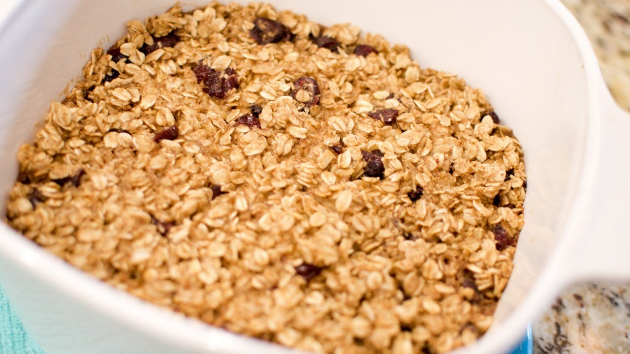 How To Bake a Scrumptious Baked Oatmeal - DIY Food & Drinks Tutorial - Guidecentral