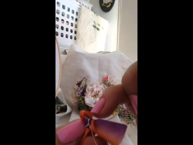Tutorial Rolled ribbon roses with Ingrid Lee
