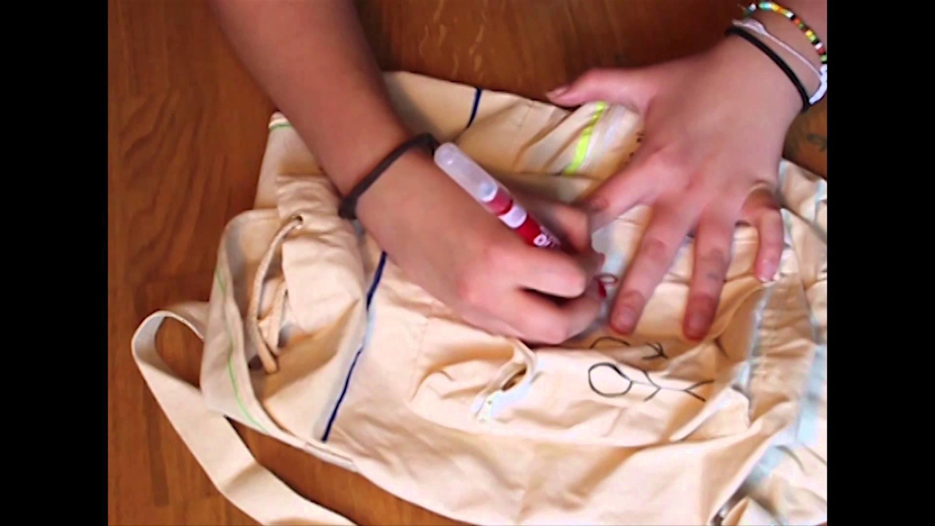 DIY Style Your Schoolbag