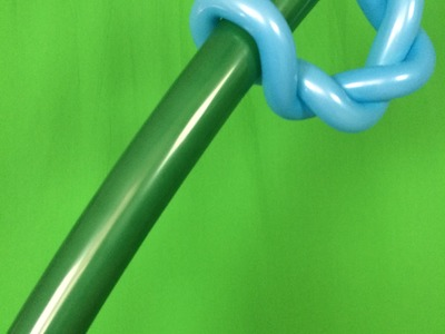 How To Make a Balloon Sword  - Giant Style