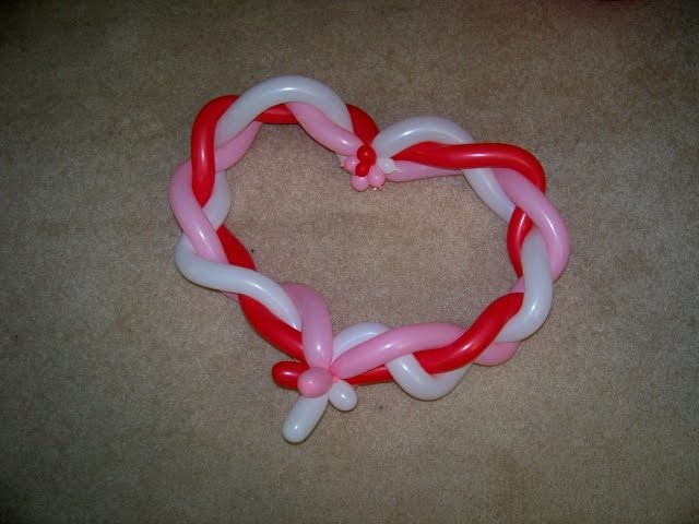 How to Make A Braided Heart From Balloons