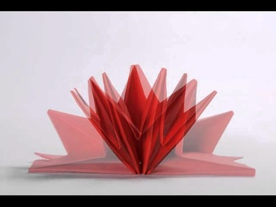 Learn How to Fold Star Napkins