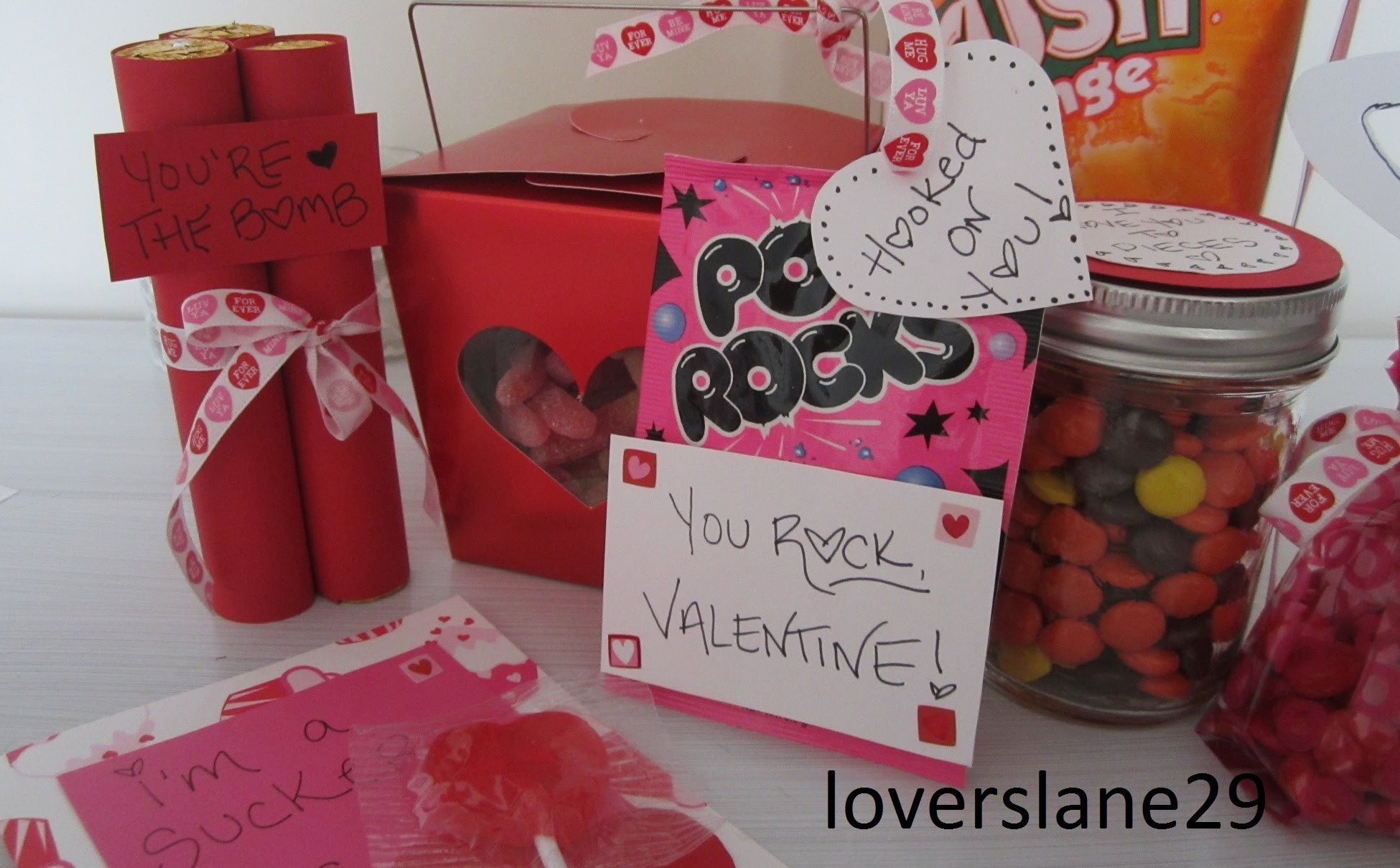 Valentine's DiY: Cards With Candy!